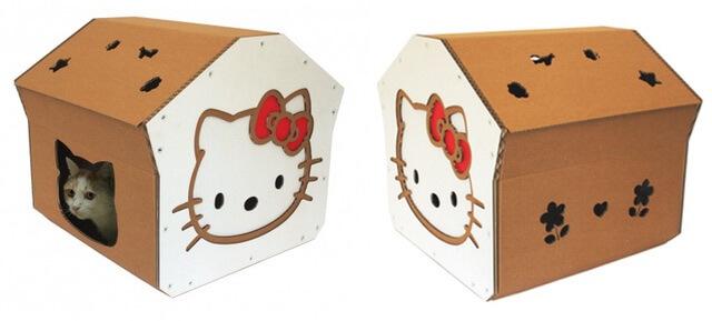 ハローキティのダンボール猫ハウス