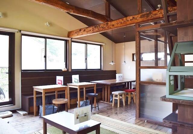 保護猫カフェ 鎌倉ねこの間