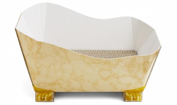 大理石の浴槽をイメージした爪とぎ