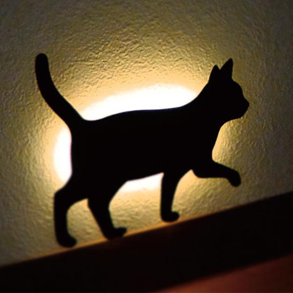 廊下を照らすキャットウォールライト