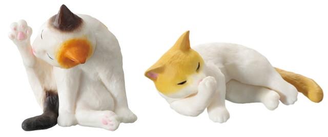 2パターンの猫フィギュア