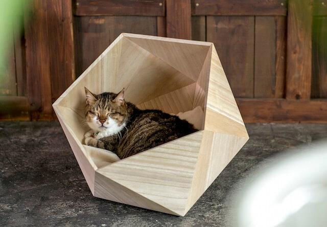 「HOUSEシリーズ」桐で作った猫ハウス