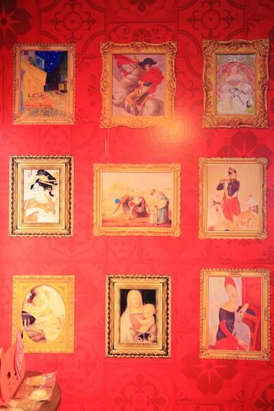 アートな雰囲気のある壁紙