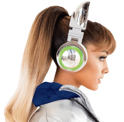 ネコ耳型ヘッドフォン「AXENT WEAR(アクセント ウェア)」のアリアナ・グランデ」限定モデル4