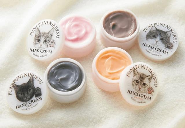 猫の肉球の香りがするハンドクリームに、3種の新色が登場!