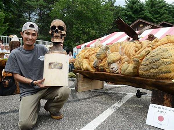 チェーンソーアートで世界チャンピオンにもなった林隆雄さん