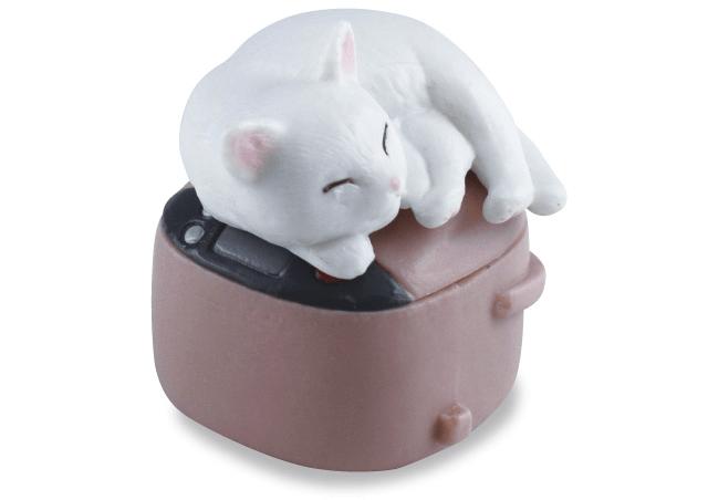 白猫×炊飯器(猫のフィギュア 吾輩の定位置)