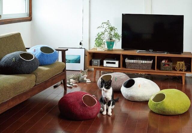 高級メリノウールで作られた猫ハウス「Kivikis」
