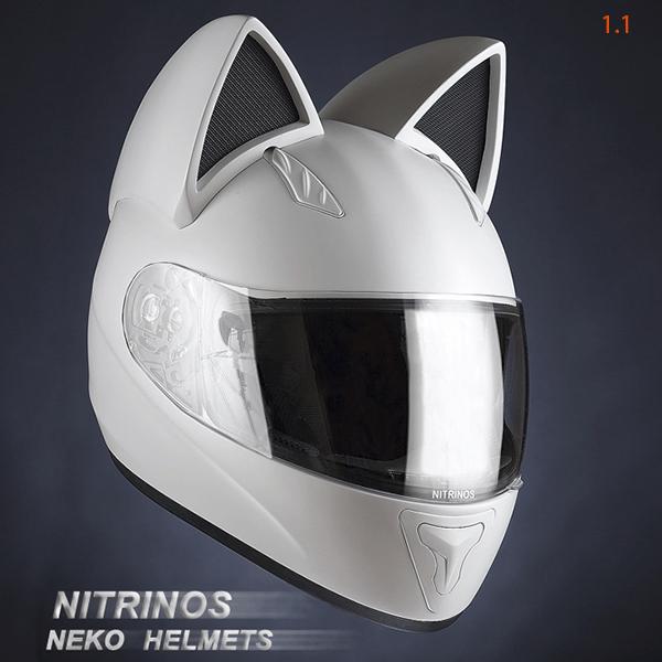ロシア製の「Neko-helmet(ネコ・ヘルメット)」ホワイトカラー