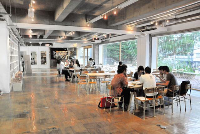 ねこの〇〇展(ねこのまるまるてん)の本展会場、「3331Arts Chiyoda」