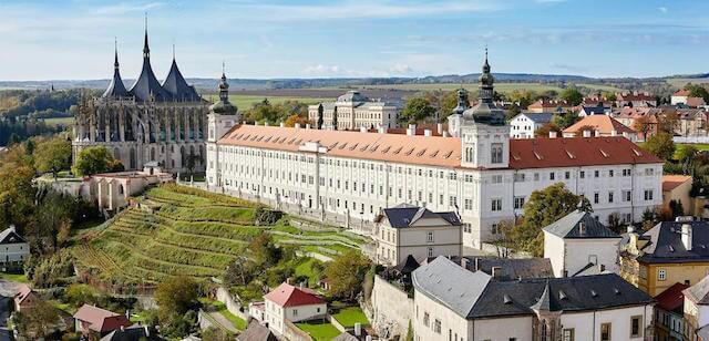 チェコの世界遺産、14-15世紀に銀の採掘で繁栄した「クトナー・ホラ」