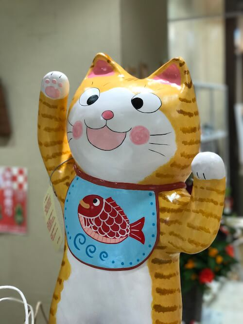 NECOL鎌倉に飾ってある、大きな猫の置物
