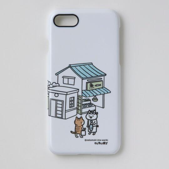 ミューズワーク(ねこまき)の猫漫画「ねこねこ横丁」をデザインしたスマートフォンケース