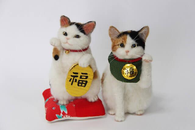 中山みどりさんの羊毛フェルト作品、招き猫