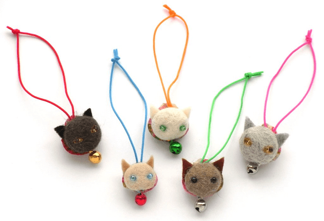 愛猫の毛を集めて作った猫毛フェルトのマスコット(猫毛フェルター蔦谷K)
