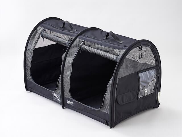 猫キャリーバッグ「ペットツインカーゴ」のブラックカラー
