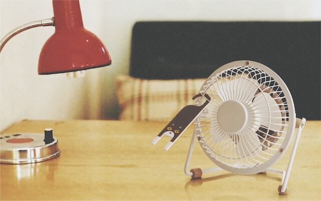 扇風機やサーキュレーターに掛けて使える猫型ペーパーアロマディフューザー