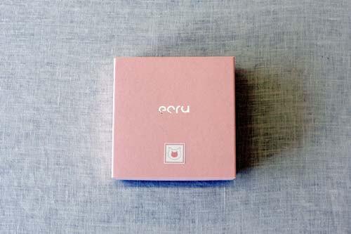ecru〈エクリュ〉の猫しょうゆ小皿、専用の化粧箱