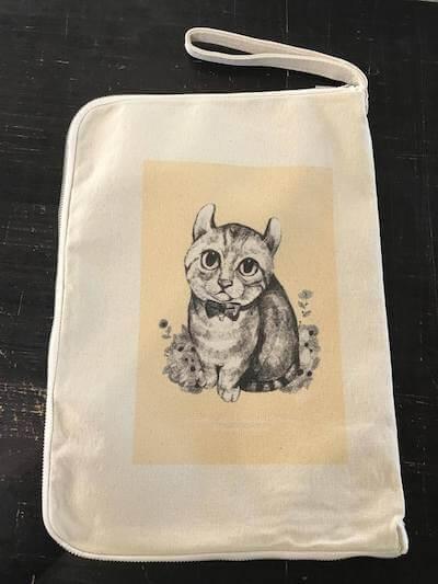 愛猫の似顔絵でバッグを作成できる