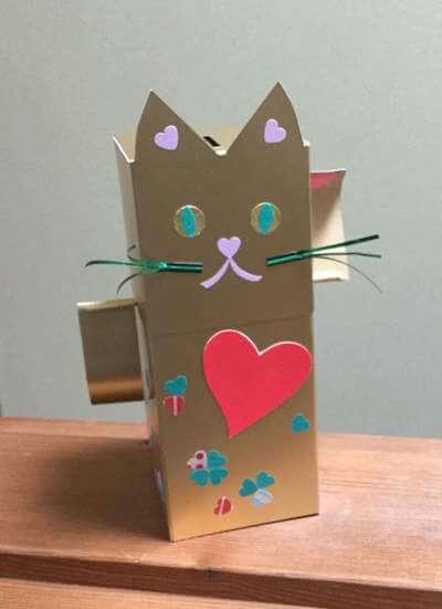 保都裕子さんによる招き猫貯金箱づくり@招き猫美術館