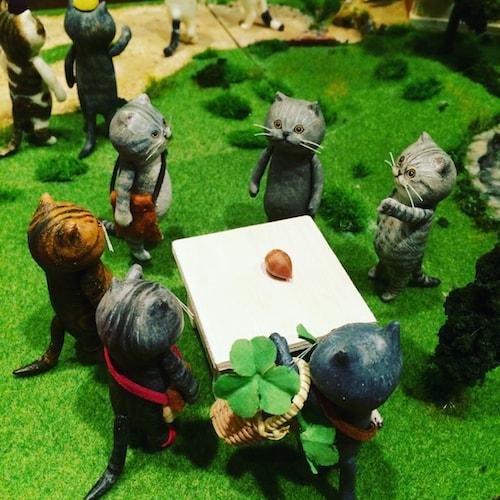 「100匹のどやねこ展」のジオラマ作品