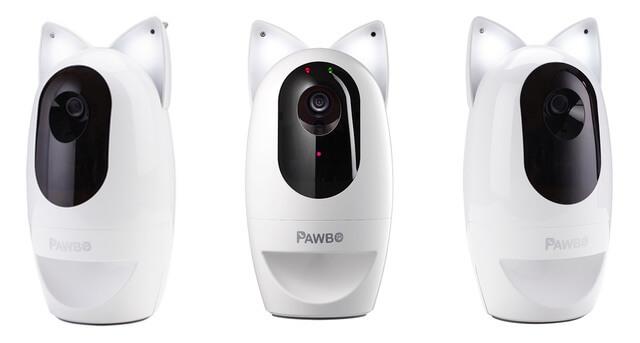 猫耳型のライトを搭載した多機能カメラ「パウボ フラッシュ」