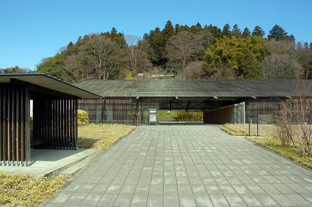 建築家・隈研吾の代表作「那珂川町馬頭広重美術館」の外観
