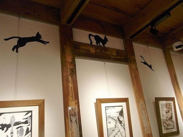 きりえ作家・高木亮さんの猫作品展示風景 in GALLERY KAI(ギャラリー会・吉祥寺)
