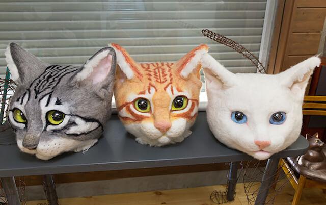 リアル猫ヘッドのキジトラ、茶トラ、白猫