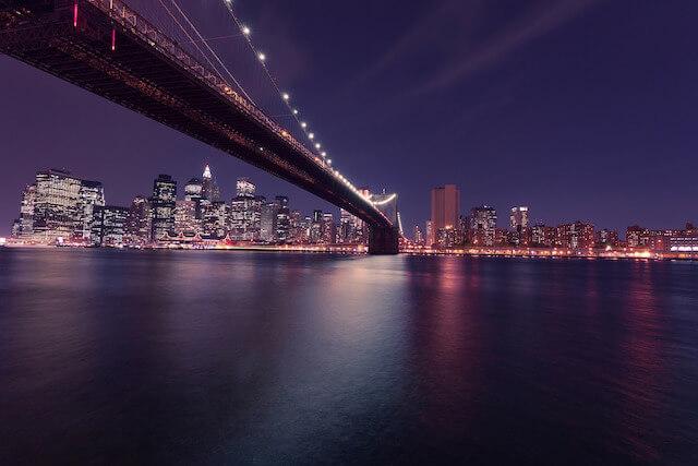ブルックリンからみたマンハッタンの夜景