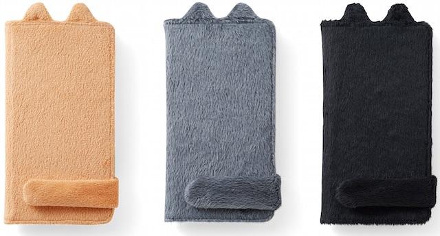 しっぽマフラーのスマホカバー、色は茶トラ・ロシアンブルー・黒猫の3種類