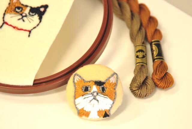 刺繍で猫柄のブローチを作ろう