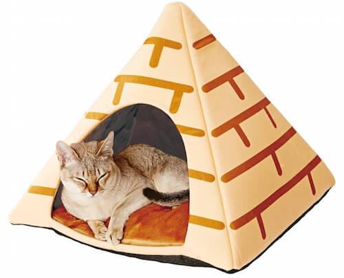 「ねこあつめ」のテント・ピラミッド