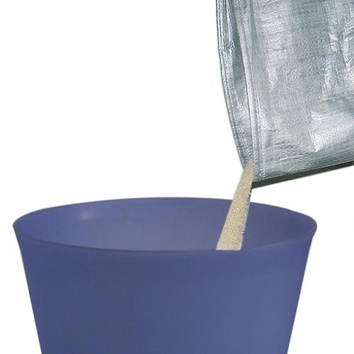 ライナーに溜まった汚れた猫砂はゴミ箱に捨てるだけ