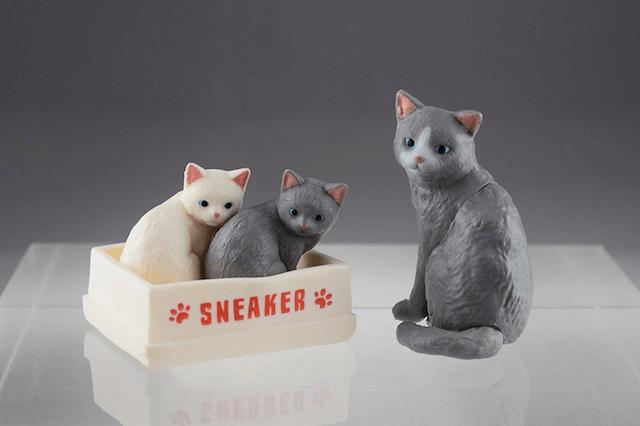 集めて楽しめる猫フィギュア「ふりむき猫」