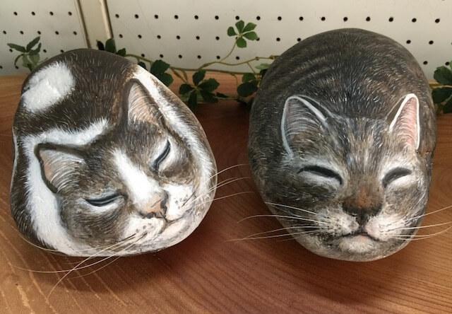 石猫作家、白川一恵さんが制作した石猫