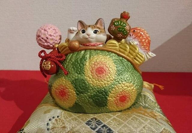 静岡鷹匠のギャラリー「ねこふく」で猫と酉の作品展が開催中