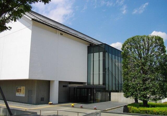 川越市立美術館の外観写真