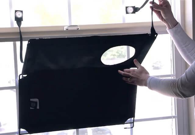 吸着接着型猫ベッド「EZ ウィンドウ マウント」の折り畳み方法3