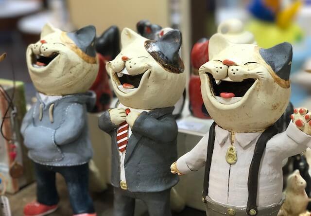 猫作家の作品やグッズが並ぶギャラリーショップ「NECOL鎌倉」