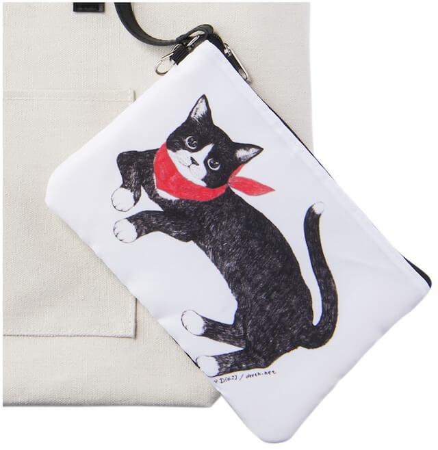 女性誌「Marisol」(マリソル)の付録で付いてくる猫ポーチ