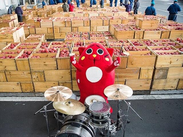 りんご×猫のゆるキャラ「にゃんごすたー」とキデイランドがコラボ