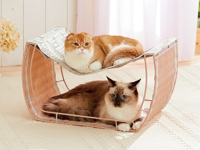 ハンモック付き猫ベッド「ゆらゆらハンモック」