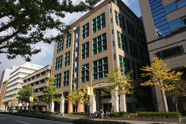 KOBEとんぼ玉ミュージアムが入居する日本ビルヂング