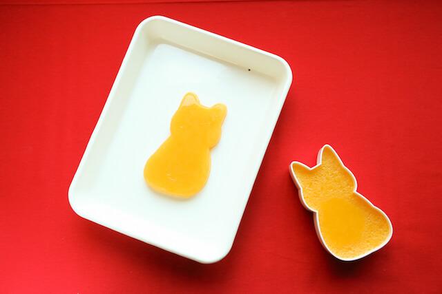 猫の型を取ることもできる福ねこ弁当の箱