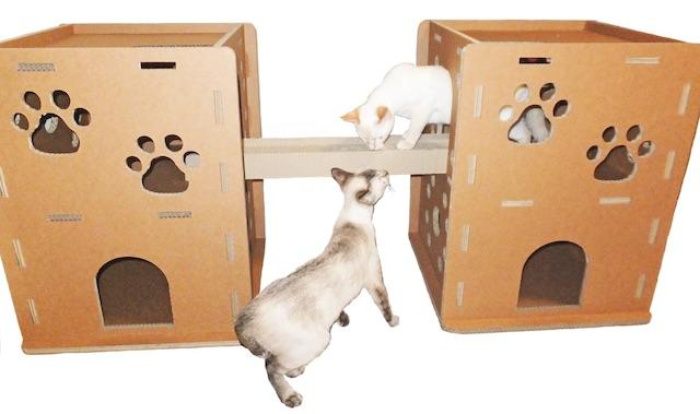 3層強化ダンボール製、猫が選んだ「ニャンだ!!ハウス」2戸用