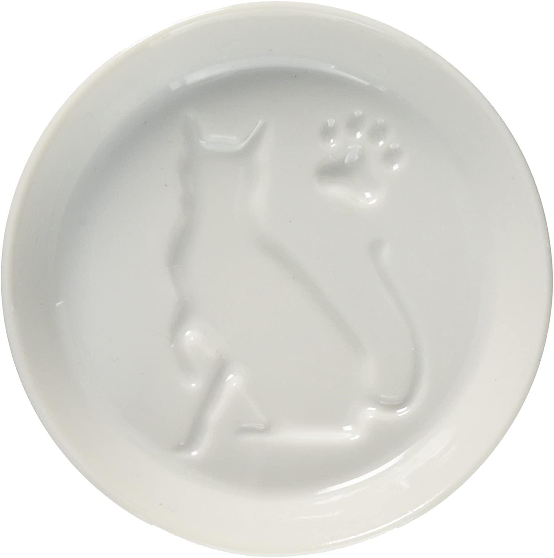 猫が浮かび上がる醤油小皿