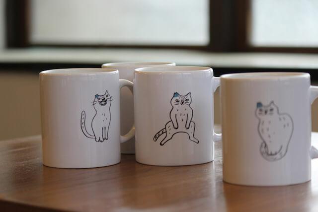 月猫カフェのオリジナルマグカップ