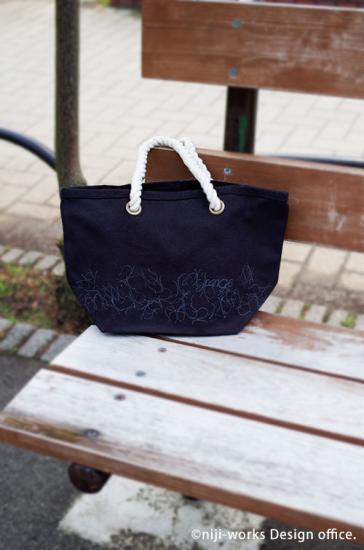 Nyange(にゃんげ)シリーズのバッグ