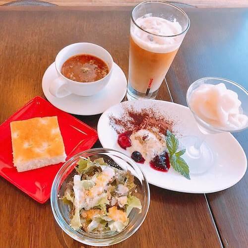 石焼 Cafe and Cat 蔵之助のしっぽの飲食メニュー